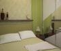 Стильные интерьерные решения для малогабаритной спальни