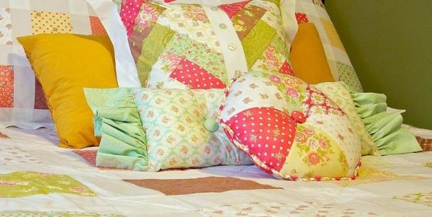 Как сшить подушку: полезные советы и инструкция