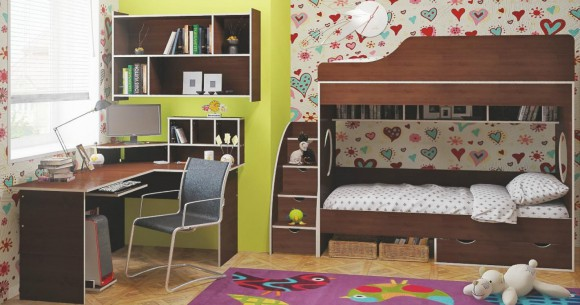 Плюсы и минусы в двухъярусной подростковой кровати