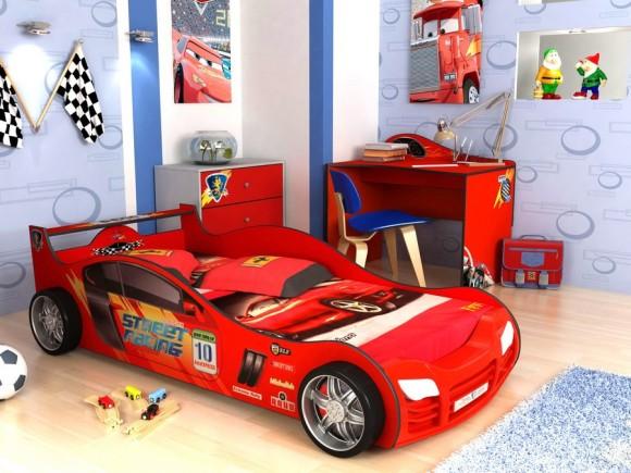 Кровать машина в красном цвете