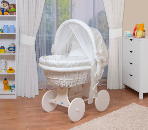 Как выбрать колыбель для малыша