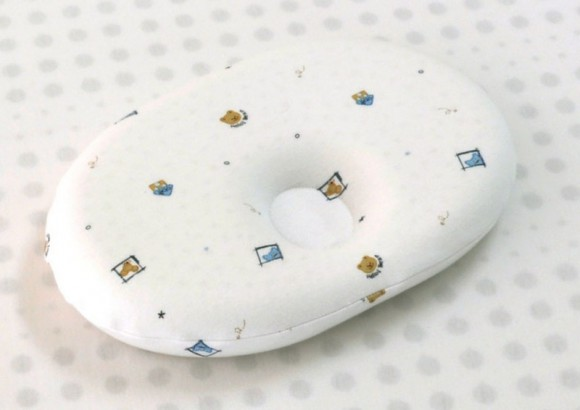 Белая подушка для самых маленьких