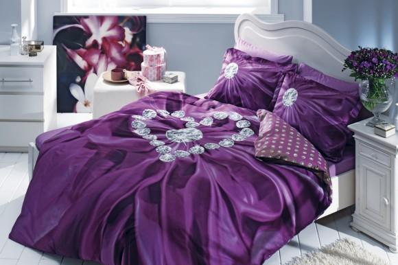 Постельное белье фиолетового цвета