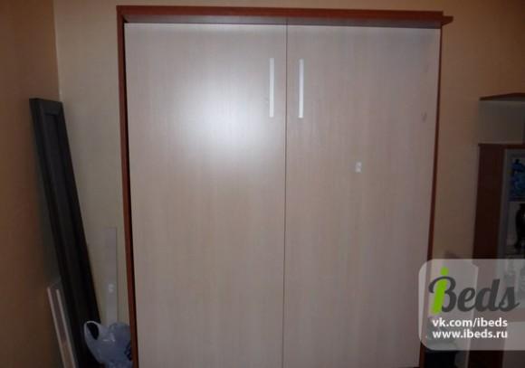 Собранная шкаф-кровать