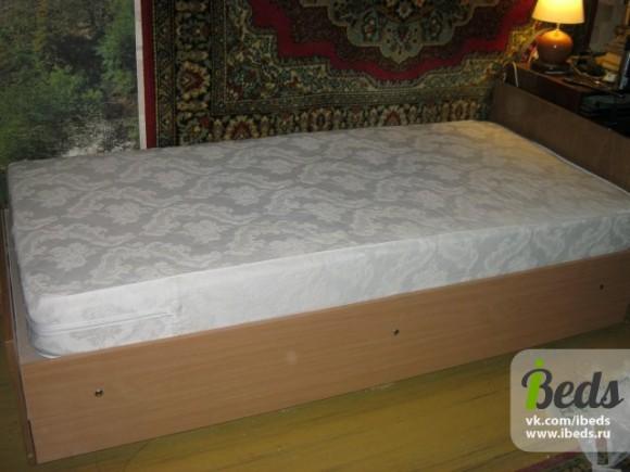 Полностью сделанная кровать