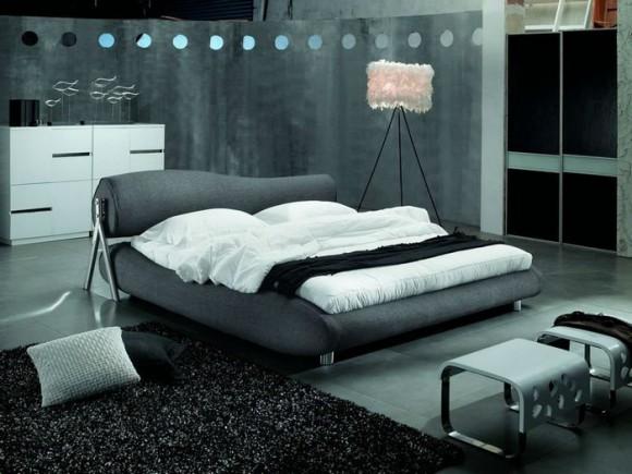 Двуспальная кровать из искусственной кожи