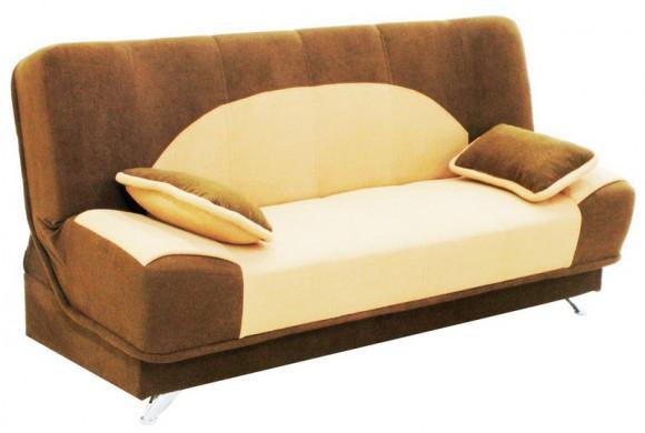 Светлый диванчик