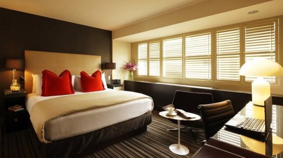 Правильная отделка спальной комнаты