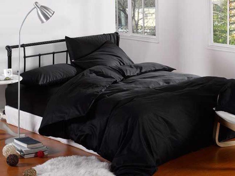 пример черного цвета