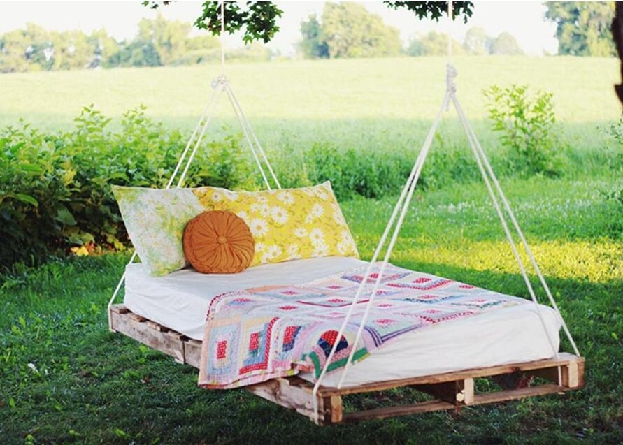 подвесная кровать